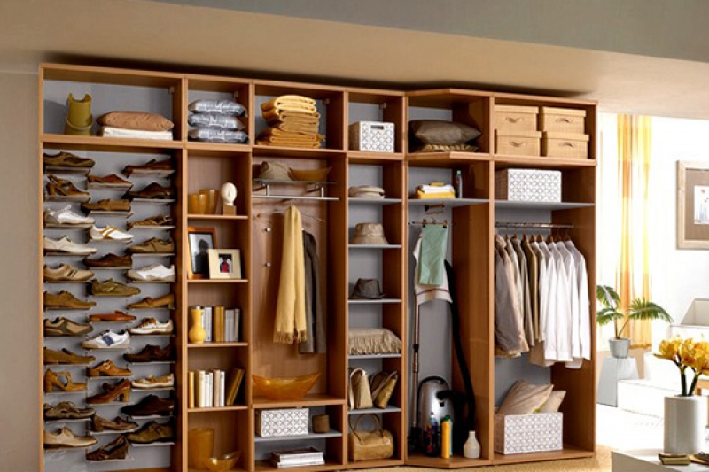 Планировка внутреннего пространства шкафа купе. размеры, диз.